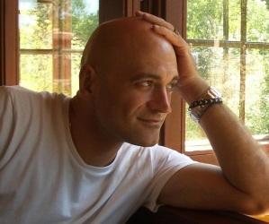 Javier_Sanz_autor_audiolibro-audioserie-historias-de-la-historia.jpg